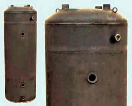 Recycled steel water heater chamber