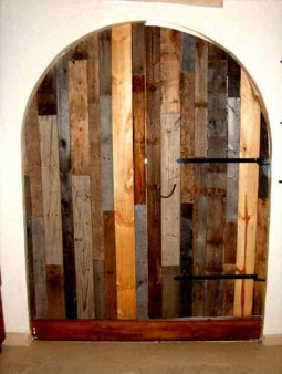 door made from recycled wood
